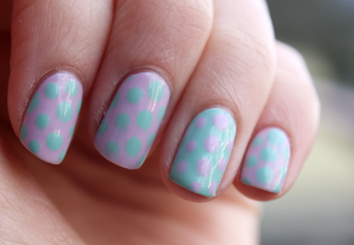 Essence dotting nail art