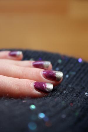 Purple & silver nail art bubbling