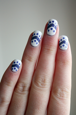 Emily de Molly Devotion nail art