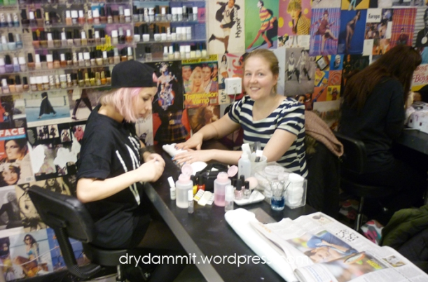 Haylee getting her nails done by WAH Nails at Topshop in London