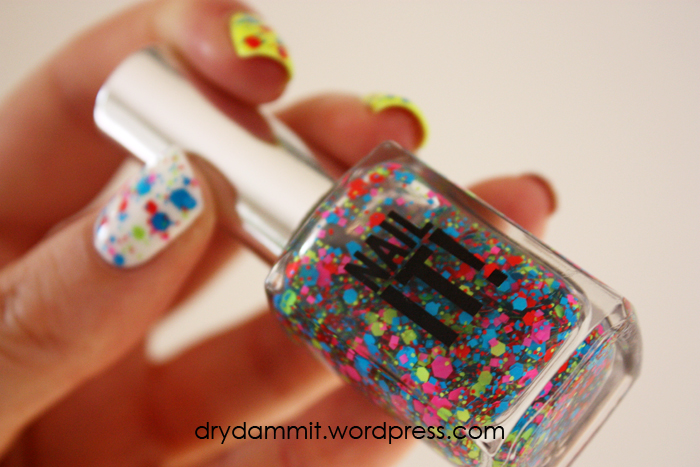 Sportsgirl Nail It! Chunky Fluro by Dry, Dammit!