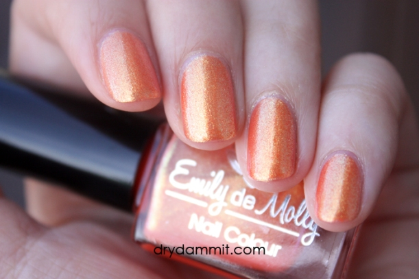 Emily de Molly Major Themes swatched by Dry, Dammit!