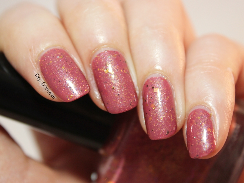 Femme Fatale Cosmetics Skills in Magic swatched by Dry, Dammit!