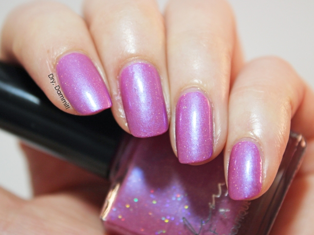 Femme Fatale Cosmetics Starla swatched by Dry, Dammit!